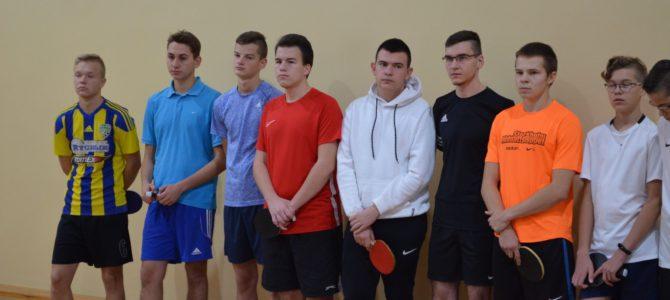 Mistrzowie szkoły w tenisa stołowego odnalezieni!